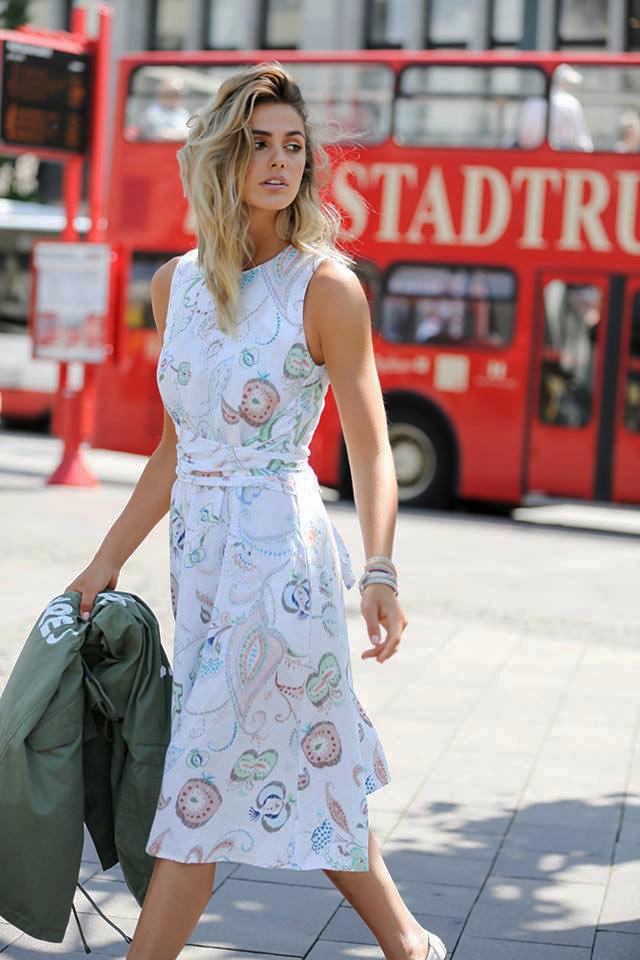 15a99adeaa3e Φόρεμα λινό φλοράλ