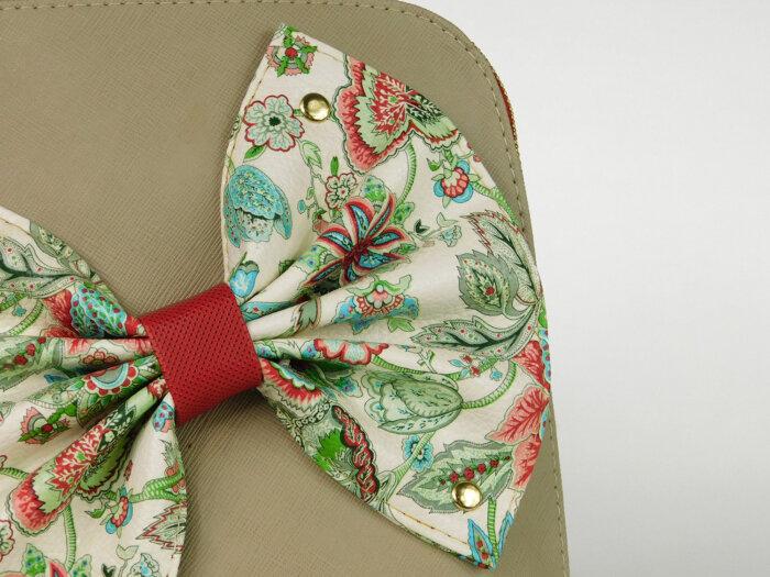 Τσάντα χιαστί με φιόγκο κοντινό