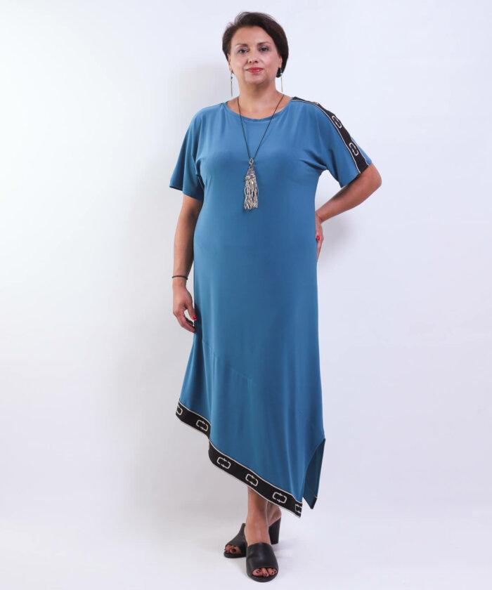 Φόρεμα με Ασύμμετρο Τελείωμα